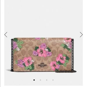 Callie Foldover Chain Clutch In Signature Blossom